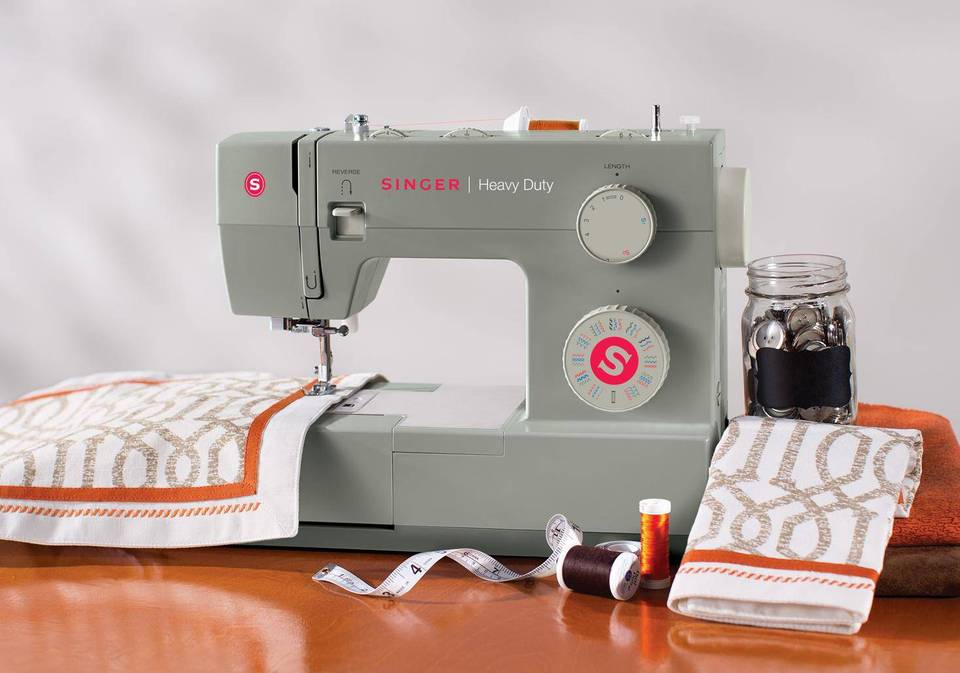 6 Singer Heavy Duty Sewing Machine Reviews | Sew Care